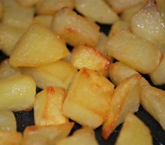 Ricetta per fare le patate arrosto in padella